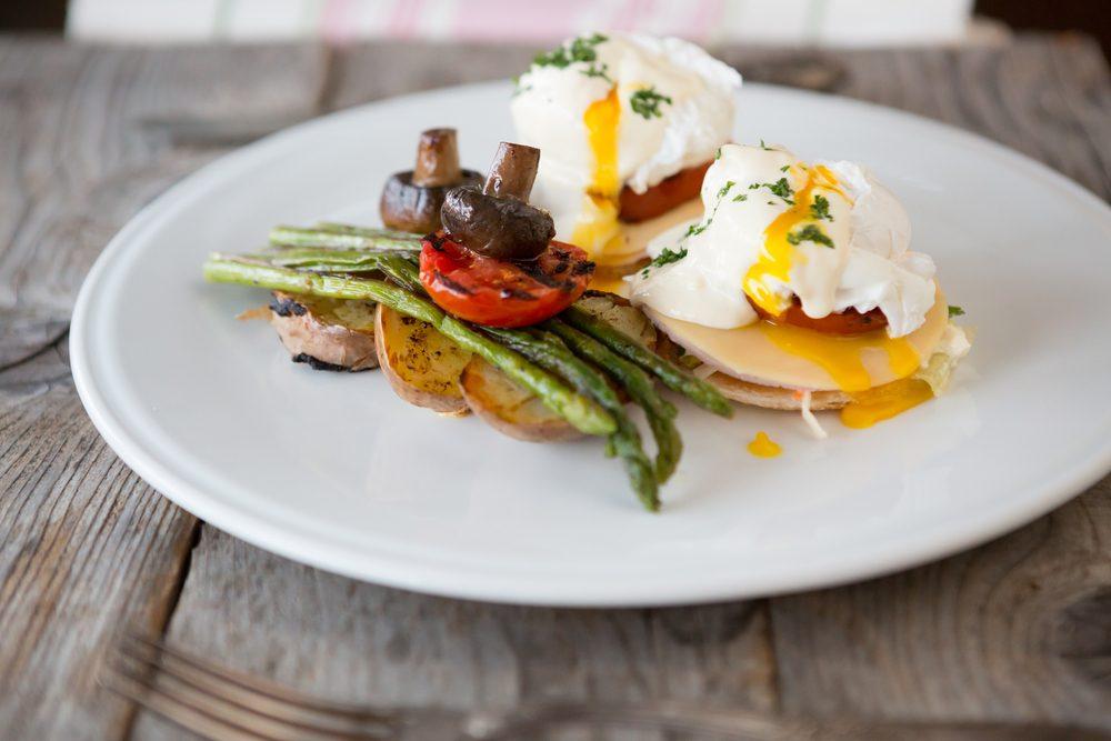 quick and easy breakfast ideas   healthy breakfast   eggs benedict