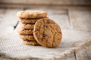 Legendary Chocolate Chip Oatmeal Cookies