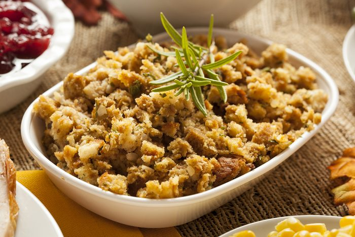 healthy thanksgiving recipes | homemade stuffing