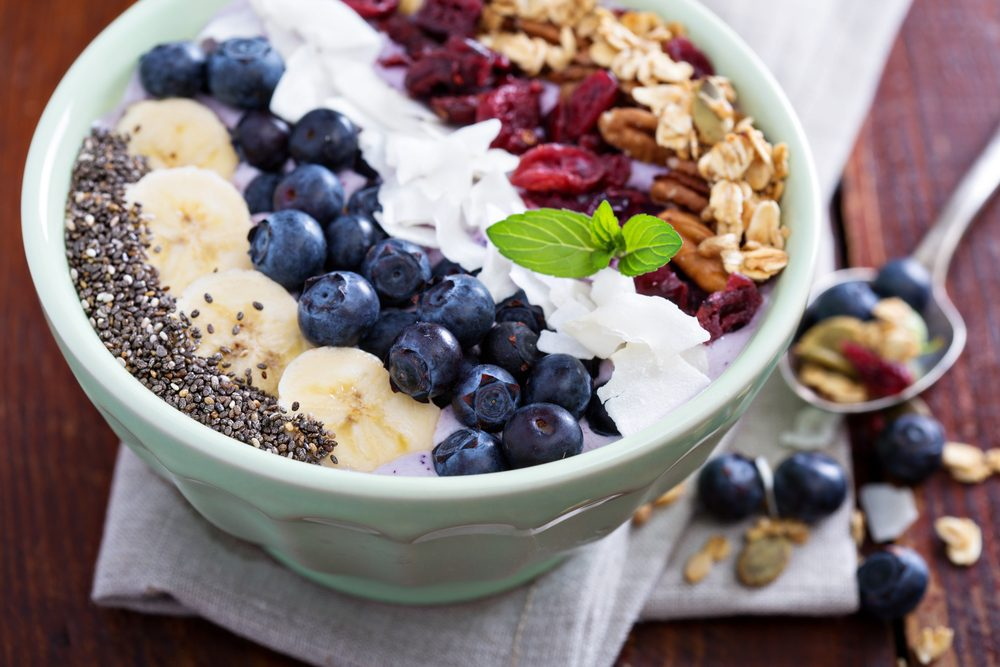 benefits of eating breakfast_smoothie bowl