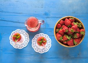 The Best Healthy Strawberry-Yogurt Smoothie
