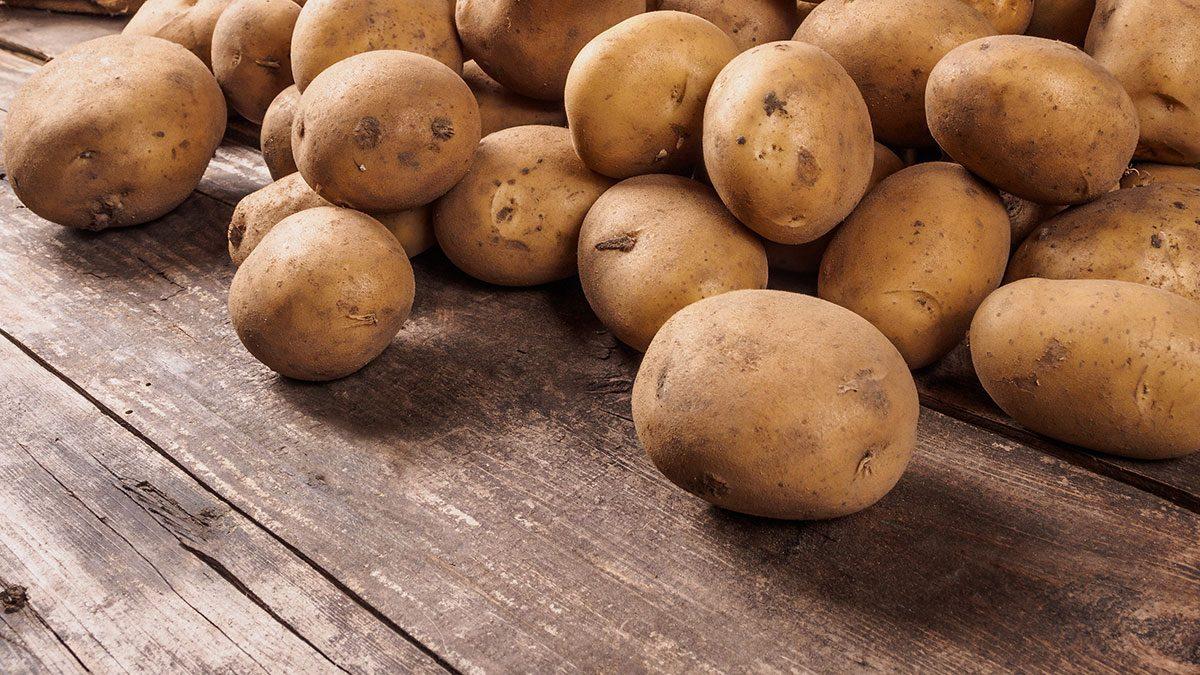 Foods high in vitamin C, potato