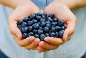 best foods for women blueberries