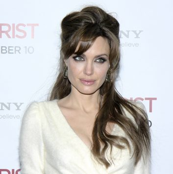 Angelina Jolie's half-up hairstyle
