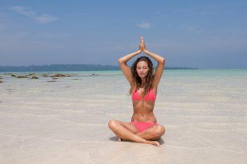bikini yoga