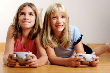girlsplayingvideogame