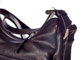 How to choose a healthy handbag