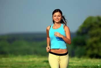 womanrunningjogging