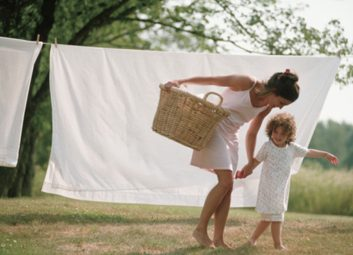 laundry mom daughter spring allergies