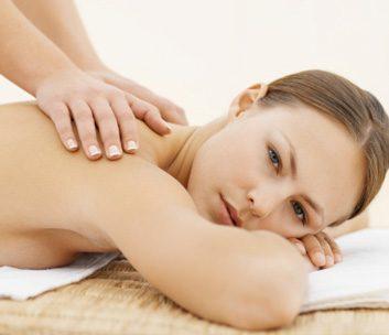 massage back pain relax