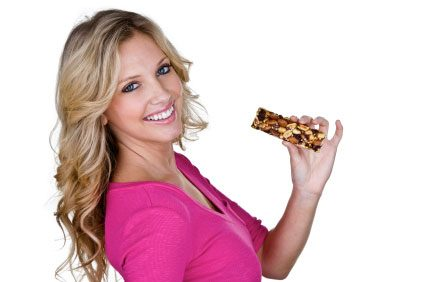 eating protein bar