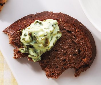 pumpernickel spinach