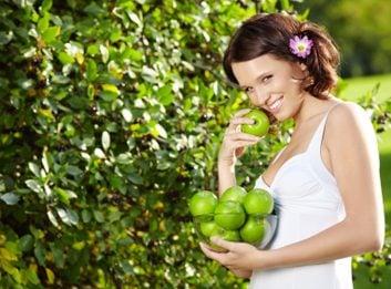 woman apples