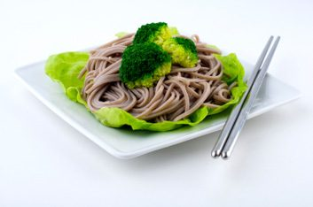 soba noodles and broccoli