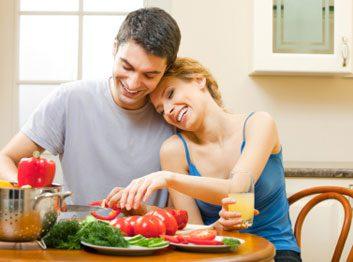veggies fruit couple