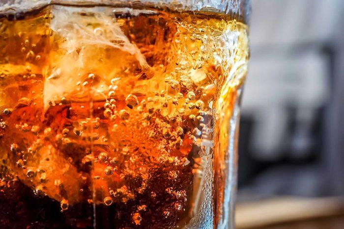 02-belly-bloating-diet-soda