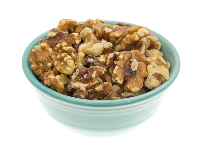 cancer-fighting-walnuts