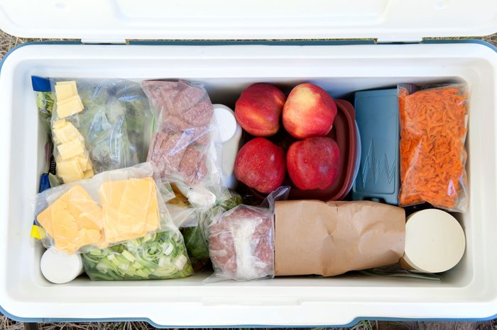 15-kitchen-shortcuts-refridgerate-outdoors-cooler