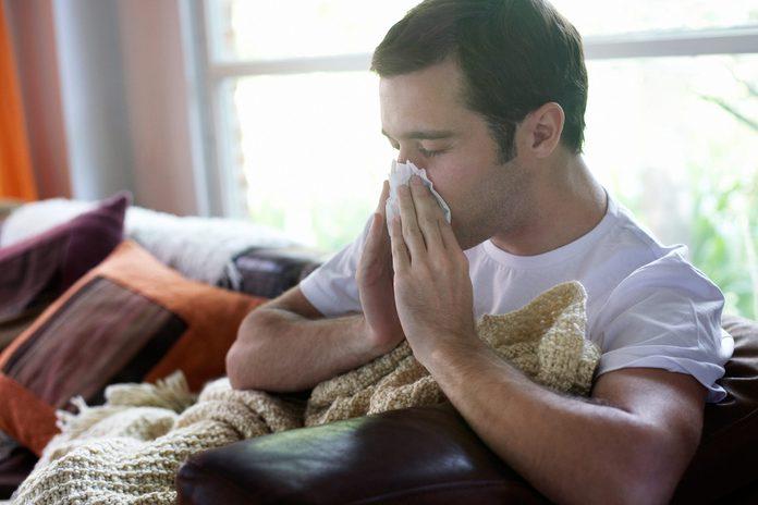 05-ways-body-reacts-binge-eating-flu