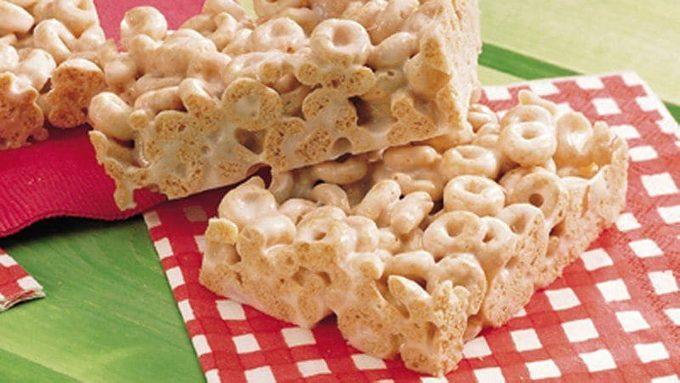 Gluten-free-marshmallow-cereal-bars.jpg
