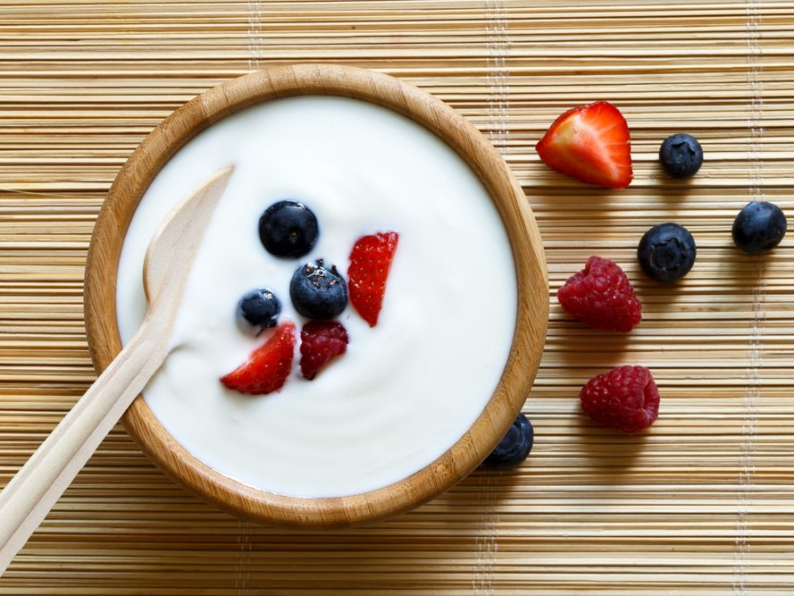 stay healthy during the holidays- yogurt and fruit