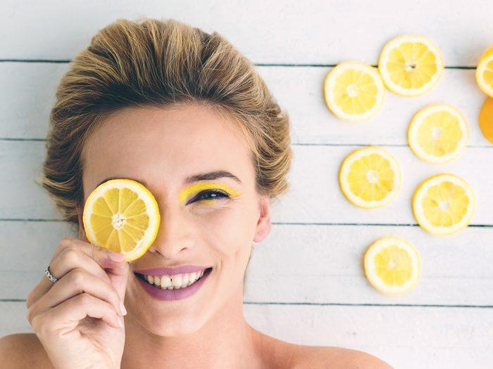 Reduce Wrinkles Naturally with Lemon juice