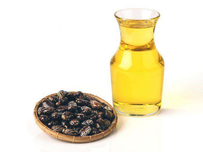 Apply castor oil to blisters