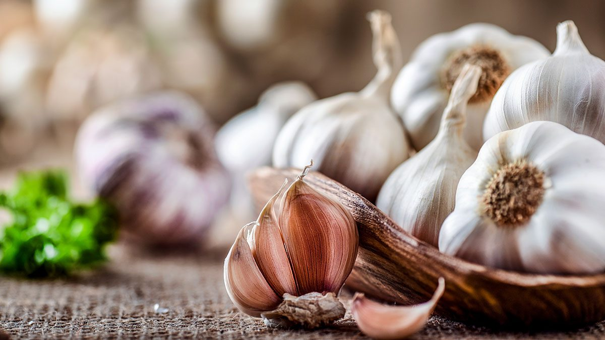Affordable Superfoods, garlic