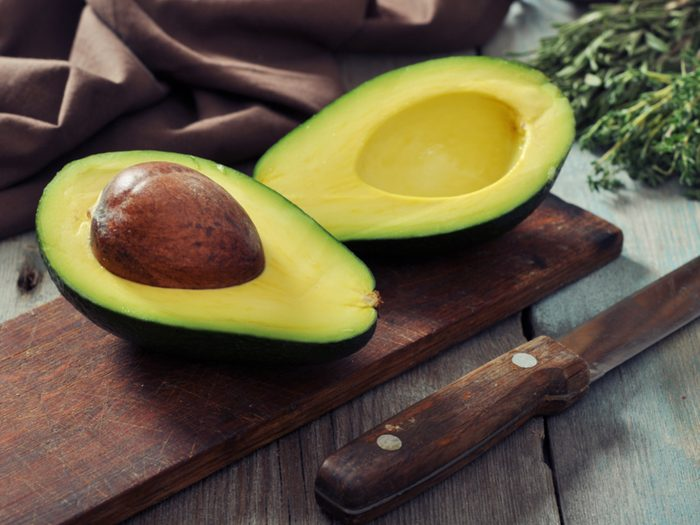 Savoury avocado yogurt bowl