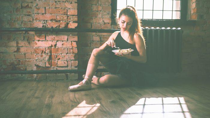 ballerina diet, ballerina eating a salad
