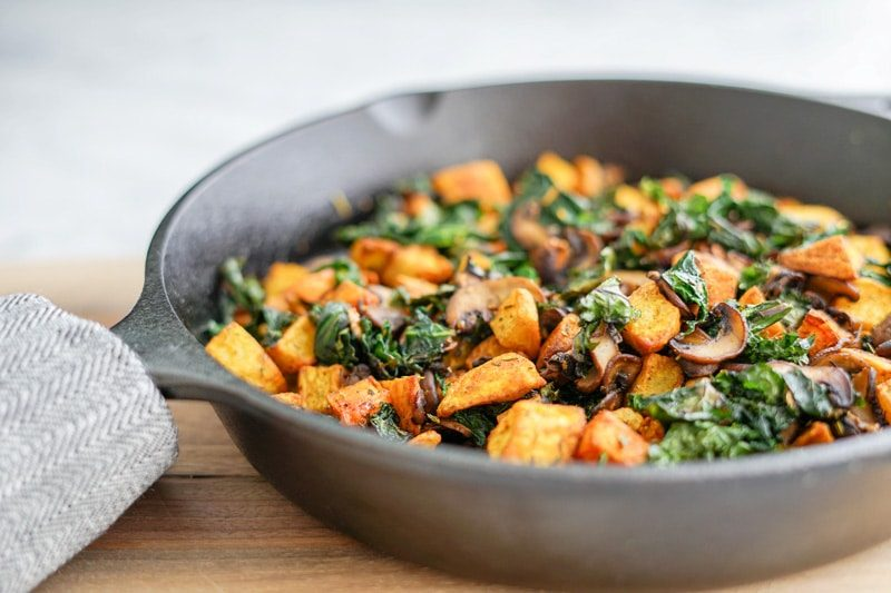 quick and easy breakfast ideas   healthy breakfast   veggie skillet with kale