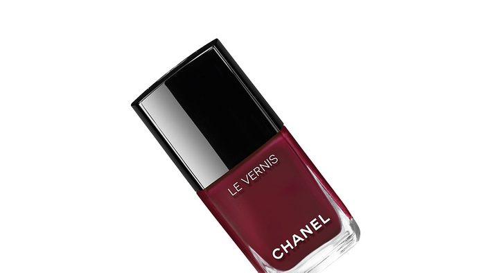 Summer pedi colours, Chanel Mythique