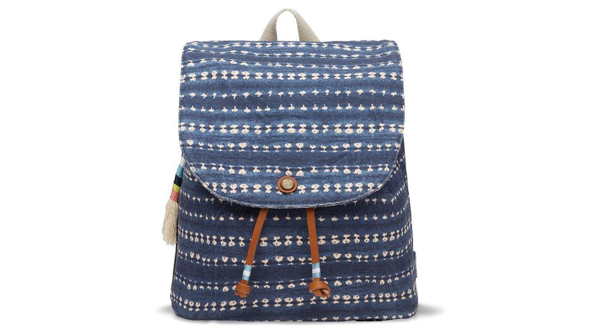 summer blue trends, toms backpack