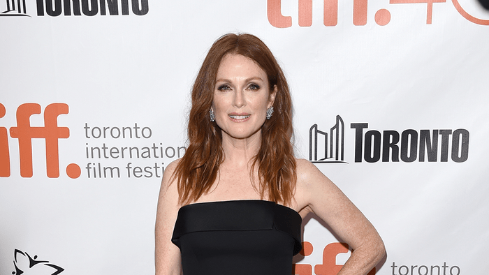 Jullianne Moore red carpet, muted makeup at a TIFF red carpet