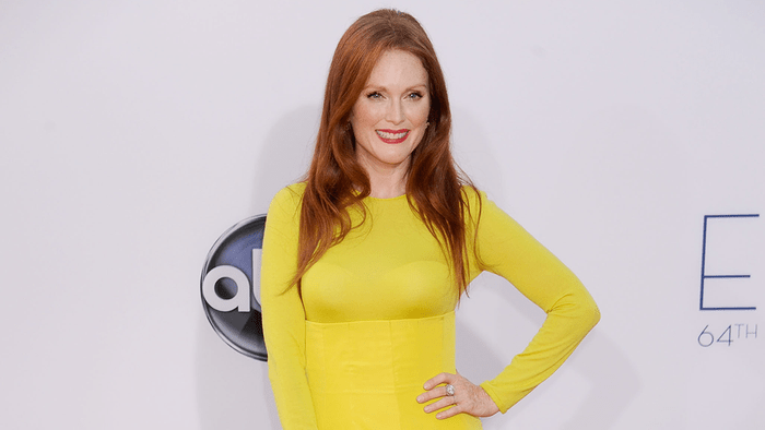 Julianne Moore red carpet, Julianne Moore on the Emmys red carpet in Dior