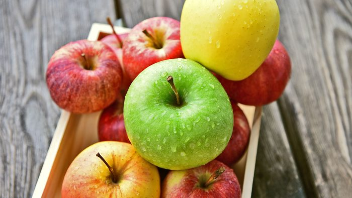 Stomach, apples