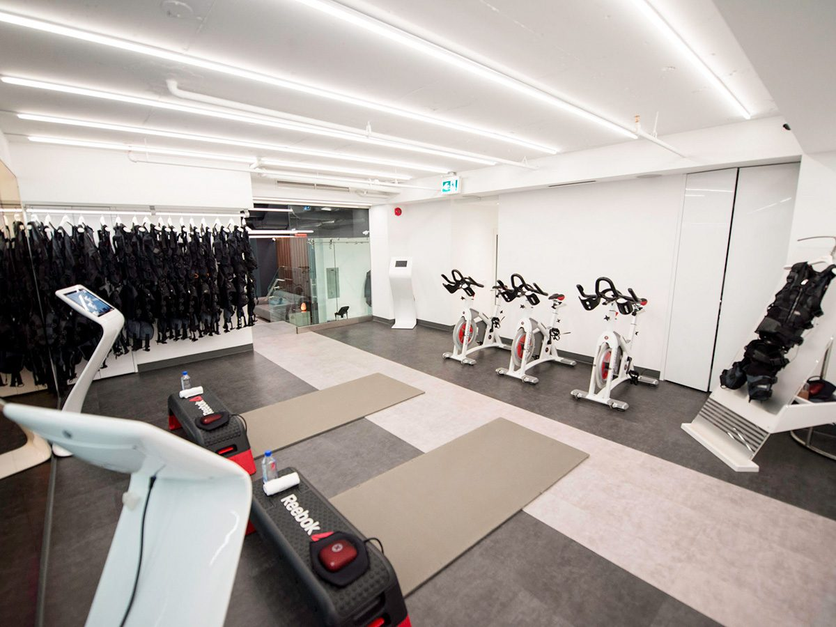 Full body workout, workout room at gogo muscle training in Yorkville