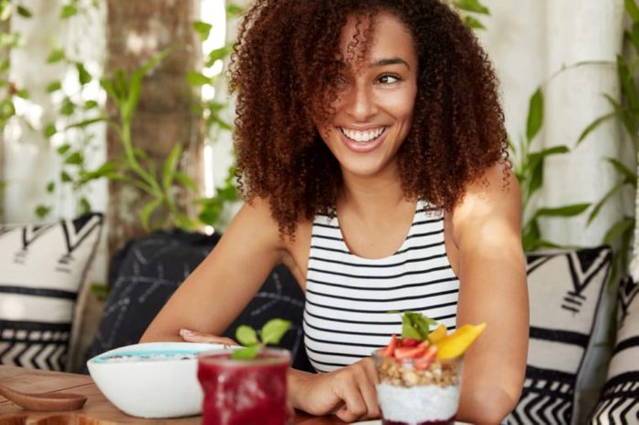 personality diet women eating healthy
