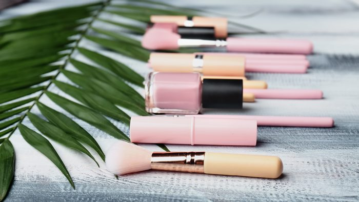 makeup beauty brush
