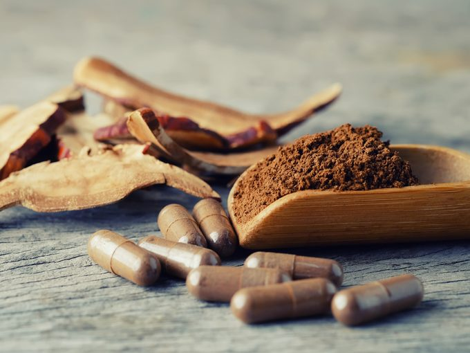 medicinal mushrooms in powder and supplement form