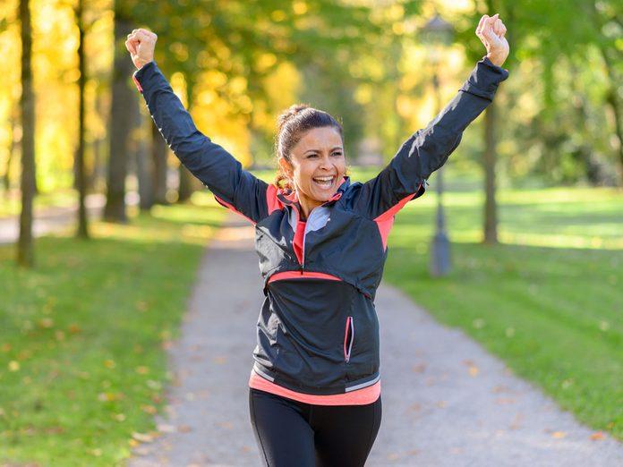 women running distance