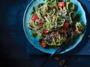 A Pesto Linguine Too Pretty Not to Make For Guests