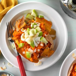 These Loaded Breakfast Sweet Potatoes Make a Dish That's Sure to Warm Your Belly