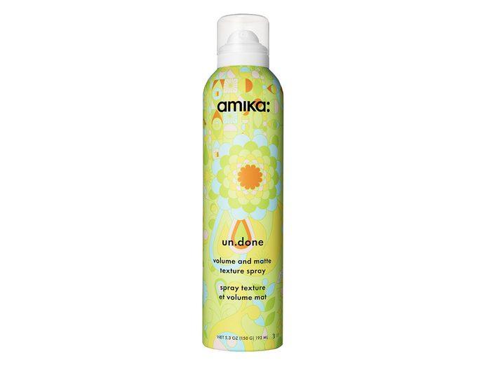 volume and matte texture spray