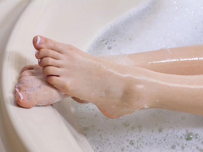 epsom salt bath - feet in tub