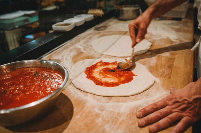 Gluten-free Diet   Celiac Disease   Gluten sensitivity   Gluten Intolerance   Pizza chef preparing pizza