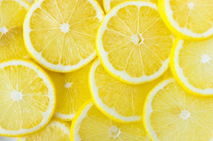 things that wreck your teeth | lemon slices