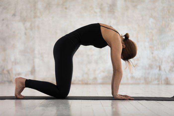 cat/cow yoga pose
