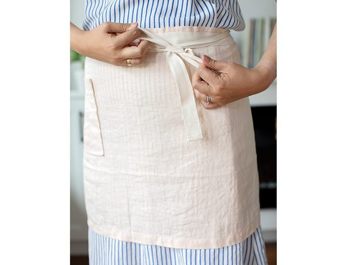 Flax linen apron   wellness gifts   best health gift guide