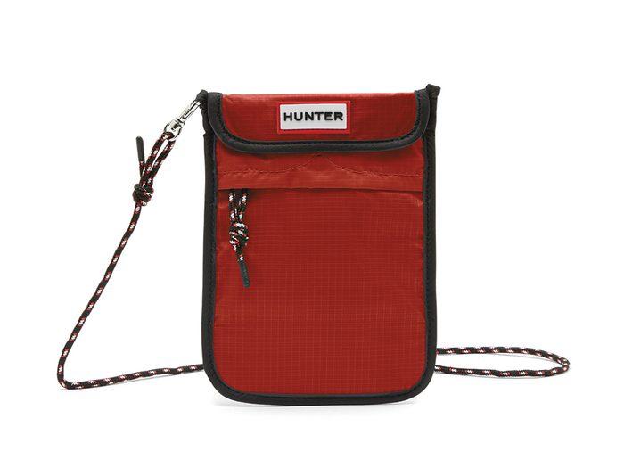 Hunter phone carrier   wellness gifts   best health gift guide